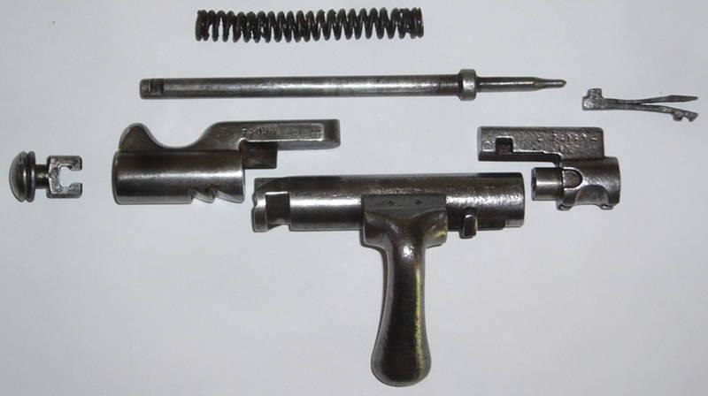 Un LEBEL transformé Fusil-gras-mecanisme-1