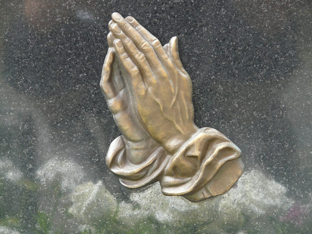 PRIEZ-VOUS POUR LA CONVERSION DE VOTRE FAMILLE ET DE VOS AMIS (ES) ? - Page 2 Pray-56059_1920-1080x810