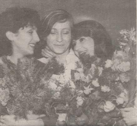 Neshka Robeva - Page 2 Robeva85-AneliaRalenkova-IlianaRaeva