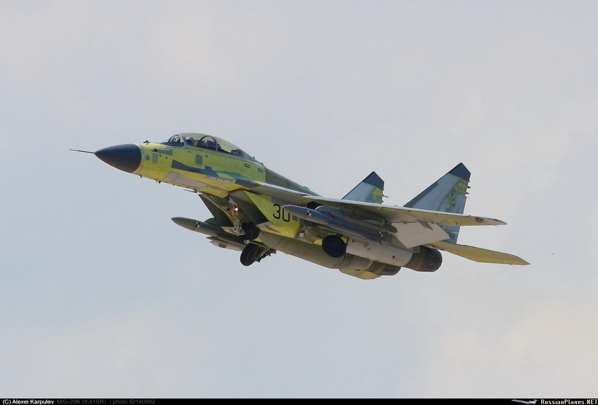 MiG-29 vs F-16/F-15 140882