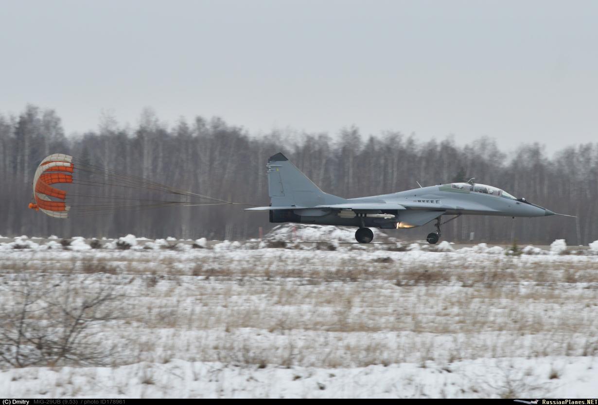 MiG-29/ΜiG-35 Fulcrum: News - Page 20 178961