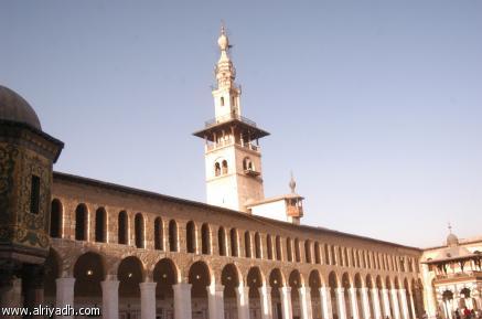 يمجدون واشنطن ...يقدسون موسكو....ولمن تركنا حضارة العرب والإسلام...أين إختفت قوة بغداد والأندلس وتلمسان وقسنطينة وقرطاج ومصر والشام واليمن !!! 103746