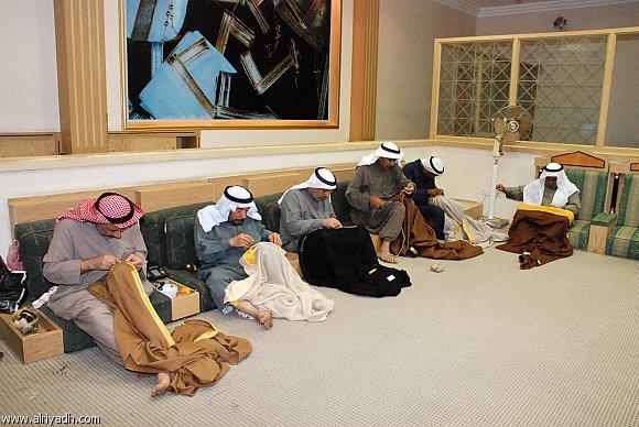 البشت الحساوي : أصالة عربية ... وقيمته الاجتماعية لايعرفها الأبناء 936084464054