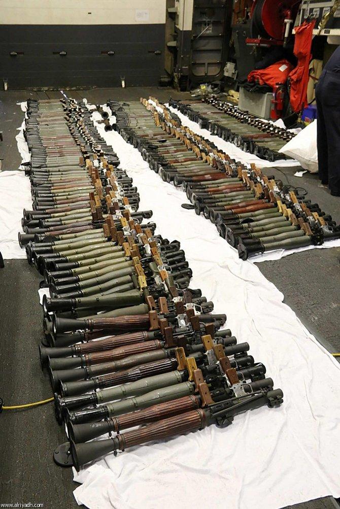 البحرية الأمريكية تعترض شحنة أسلحة من إيران في بحر العرب  891585756208
