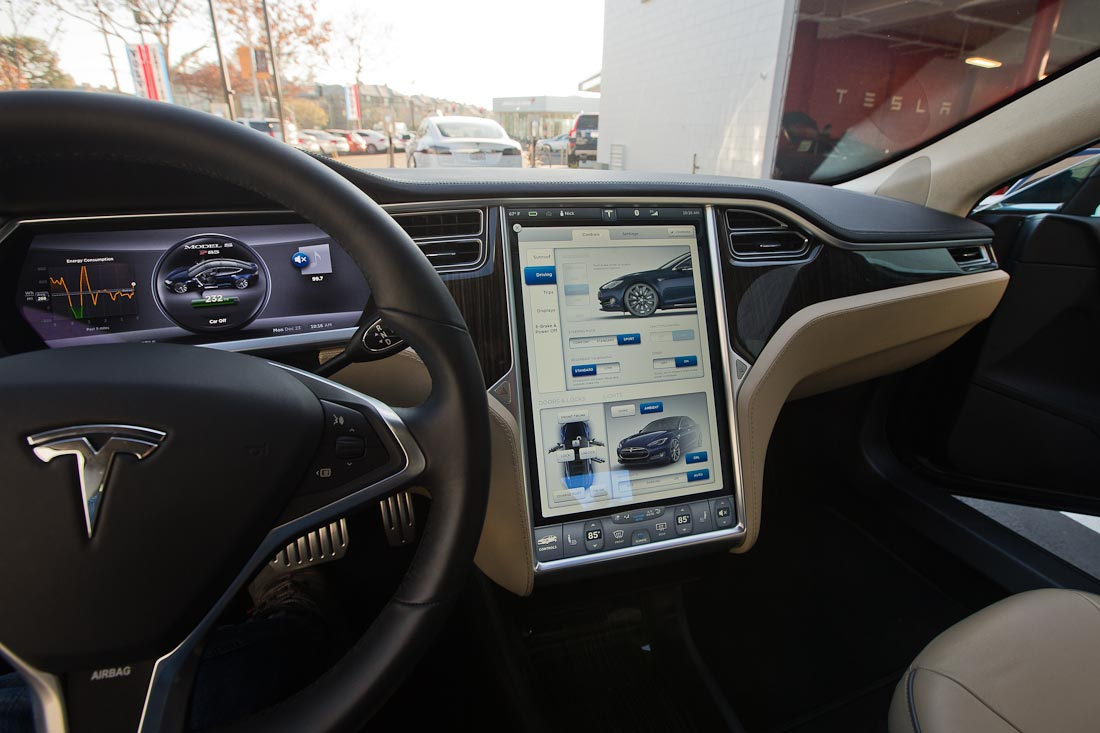 Как работает автомобиль Tesla  A375d296381ff950de14f7d8168d8bd3