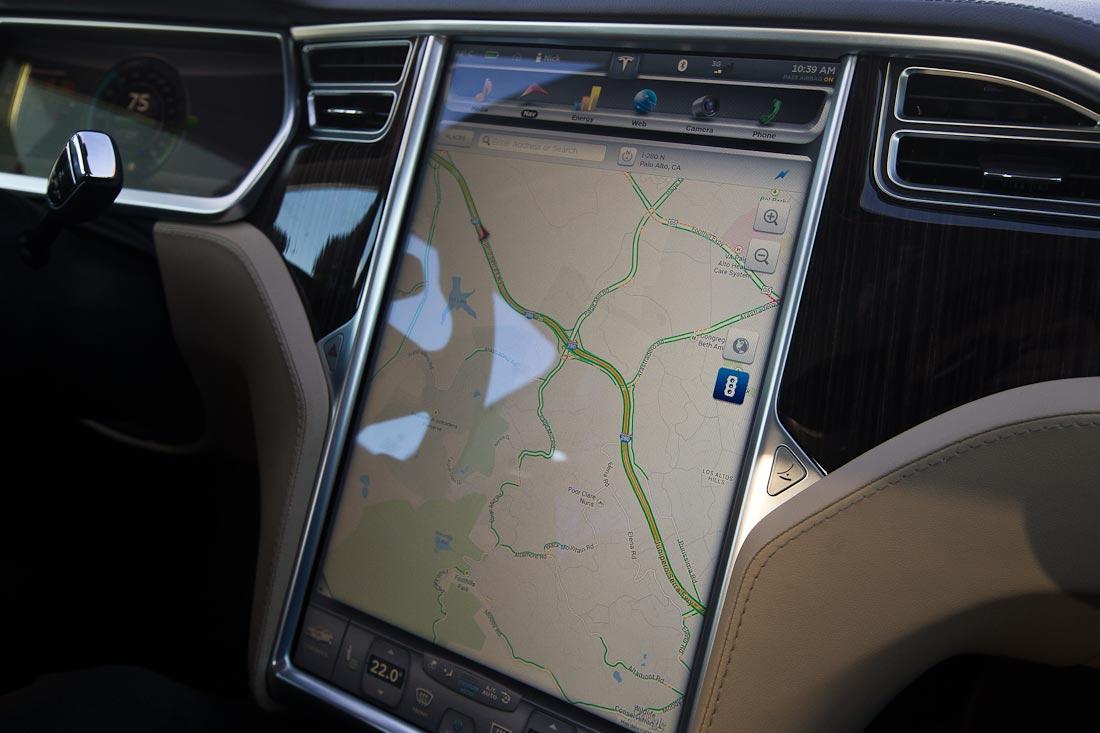 Как работает автомобиль Tesla  Acb32eb3e99f0de37cb1e3fdc437b118