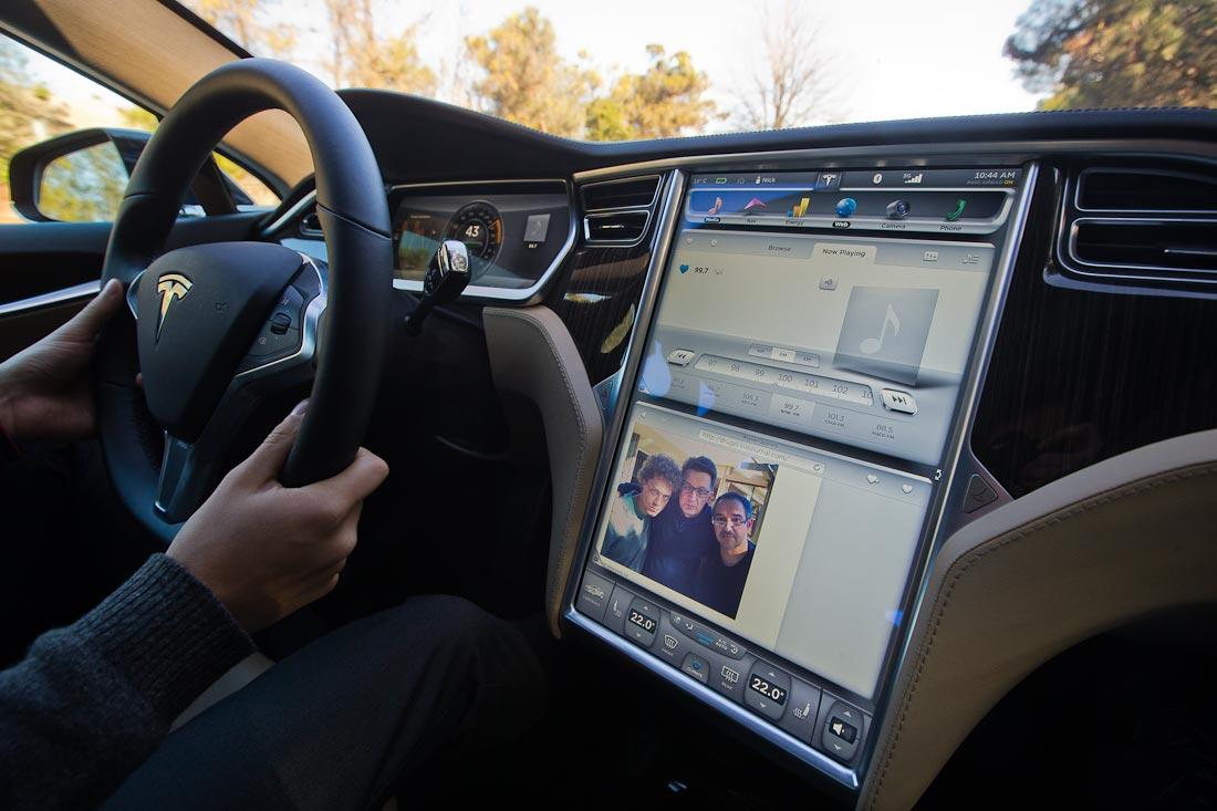 Как работает автомобиль Tesla  D4a6bc8a7f9f02ba5b436f7c26a178b2