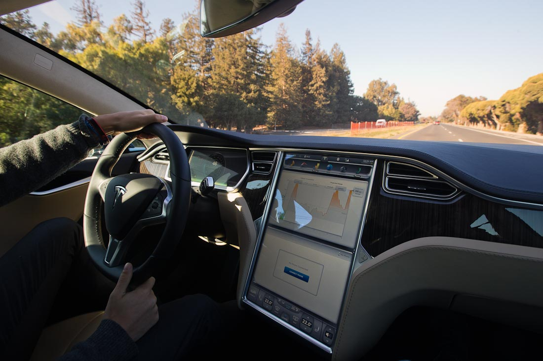 Как работает автомобиль Tesla  D5d1390969a23330067ef76a77590d32