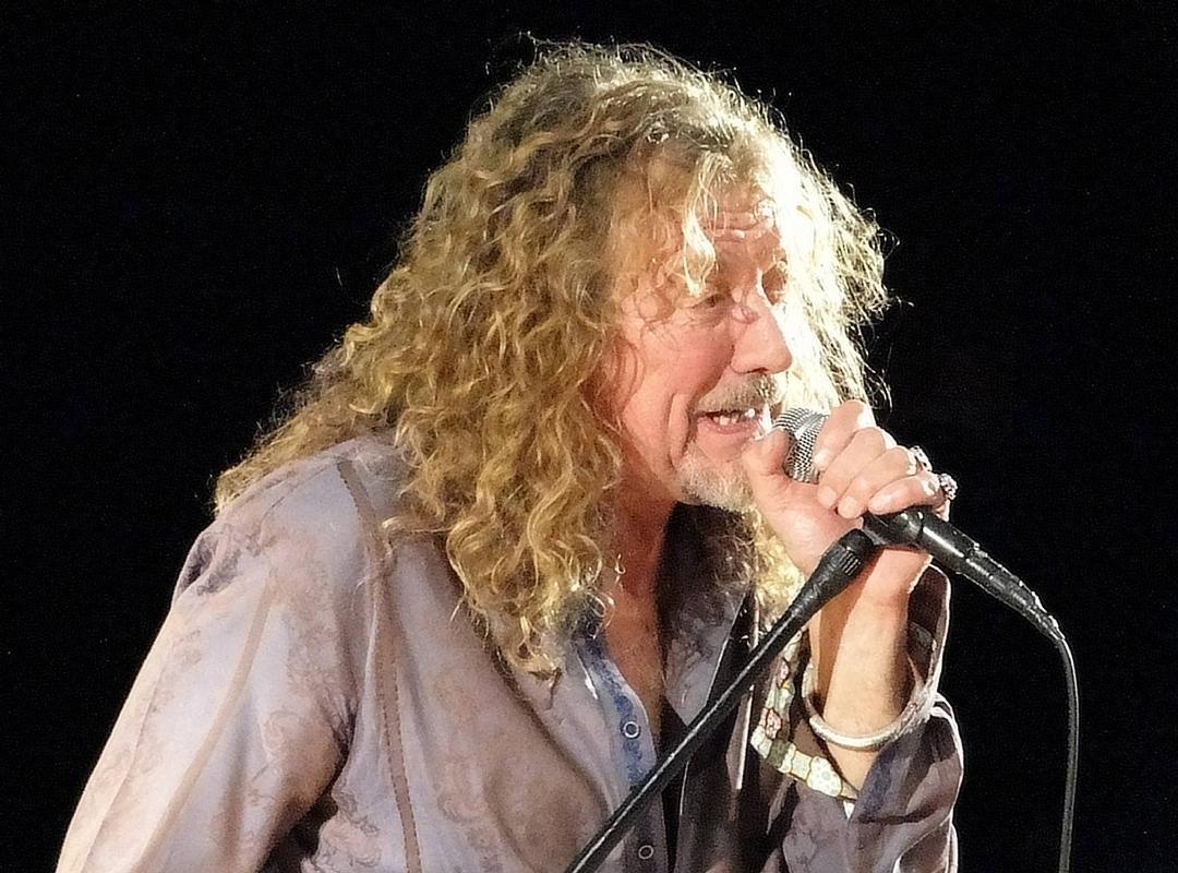 Happy 67th Birthday to Robert Plant Robert-plant_VSmf1_800