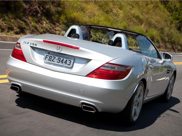 (R172): Vídeo - SLK 250 CGI 2011 Mercedes3