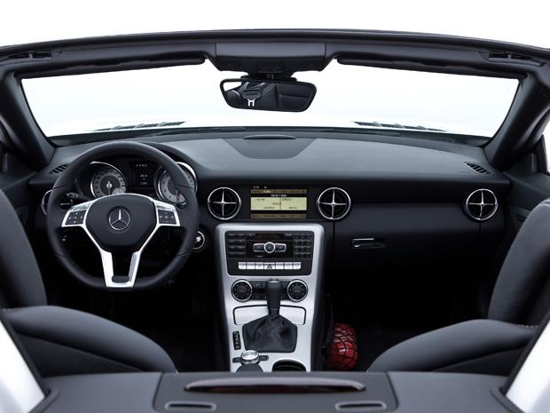 (R172): Vídeo - SLK 250 CGI 2011 Mercedes4