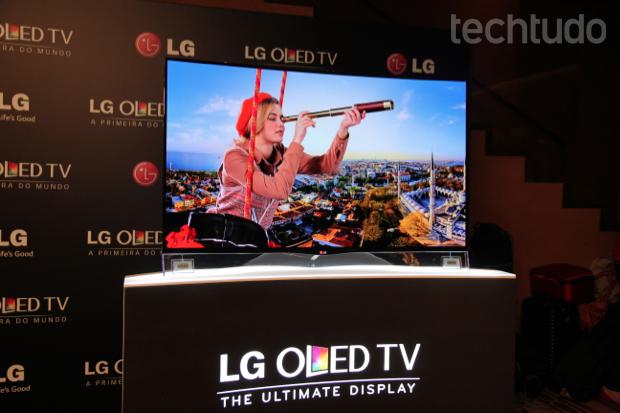 LG lança primeira TV OLED curvada no Brasil por preço 'assustador' Oled-2