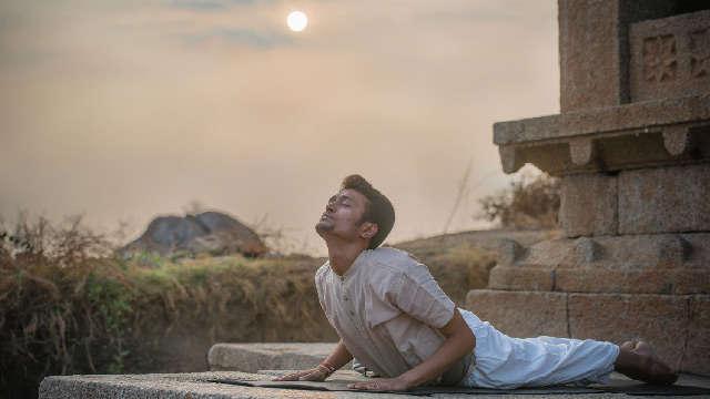 Salute to the Sun ~ Benefits of Surya Namaskar Yoga Surya-namaskar-1e