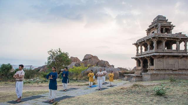 Salute to the Sun ~ Benefits of Surya Namaskar Yoga Surya-namaskar-2e