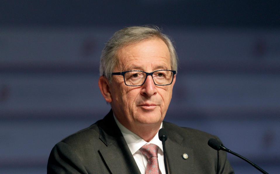 Γιουνκέρ: «Ο φόβος επέτρεψε τη συμφωνία» Junckerrr-thumb-large