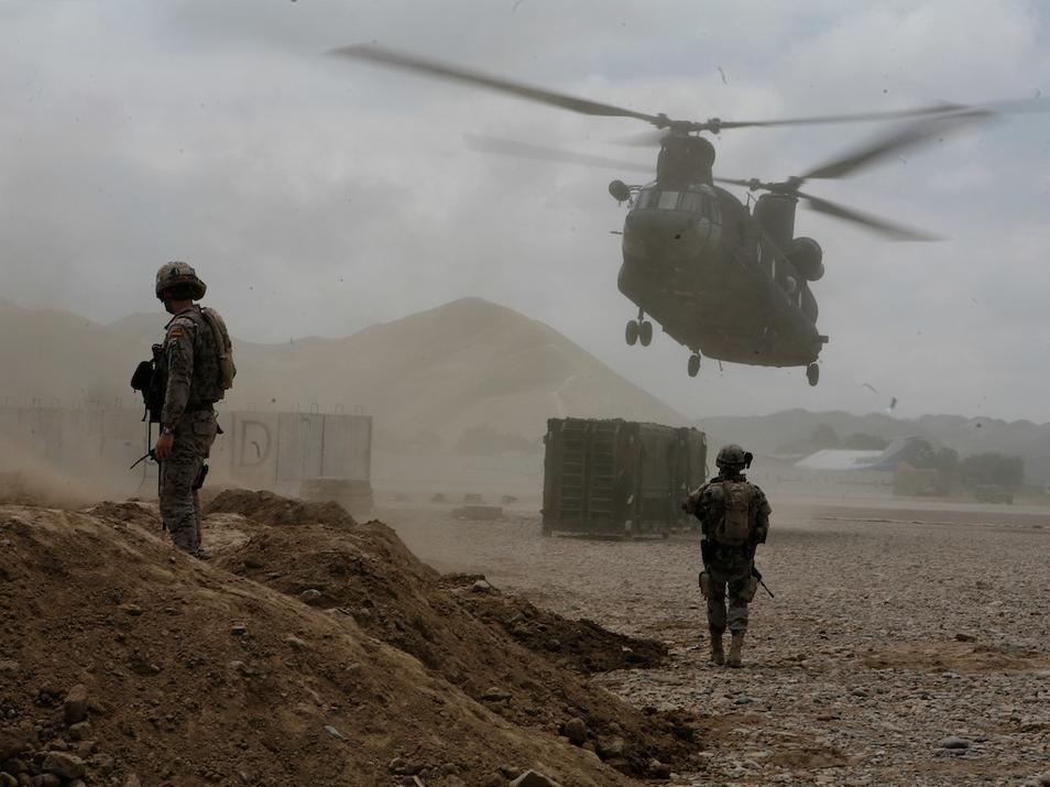 EJÉRCITO DE TIERRA ESPAÑOL - Página 7 Fuerzas-armadas-la-legion-afganistan-06