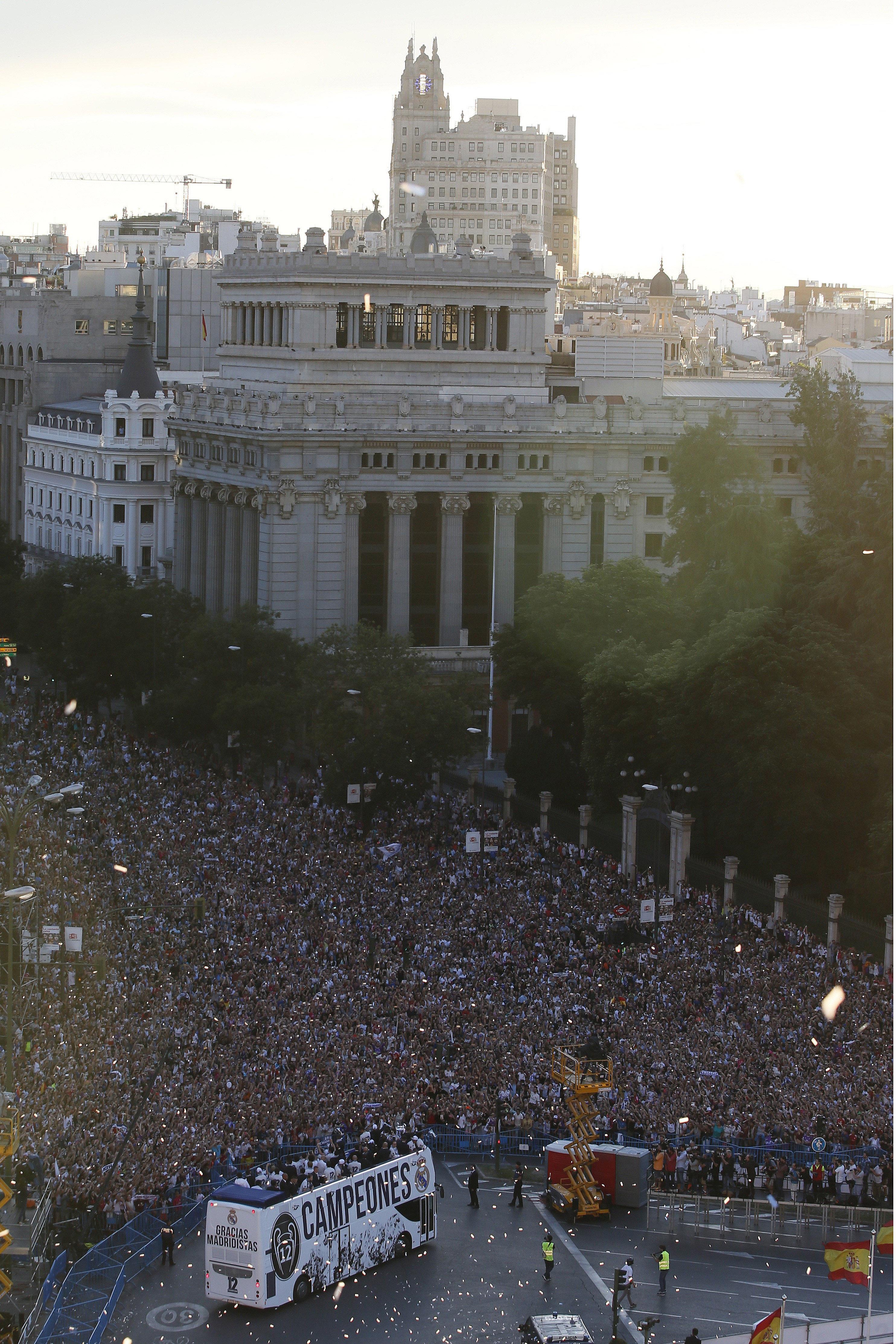 Comienza en Madrid el orgullo al mal gusto. Llegadaacibeles