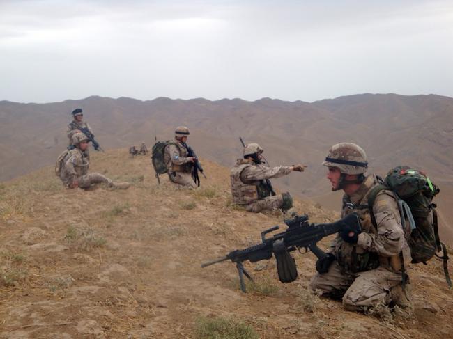 EJÉRCITO DE TIERRA ESPAÑOL - Página 2 Defensa-militares-espanoles-afganistan-090312