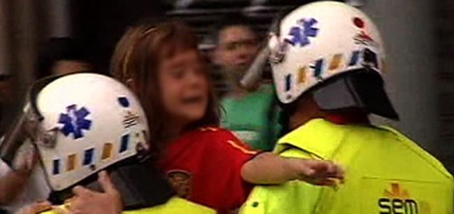 Agreden a un padre y a sus hijos por llevar una bandera española Ninabcn