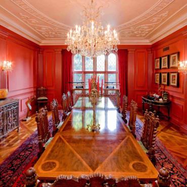 [Habitation] The Red Viper Maison-de-nicolas-cage-la-salle-a-manger-2811239sbzvp_2041