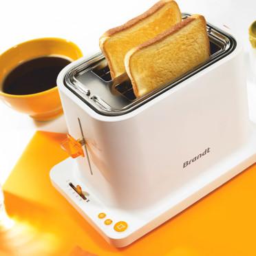 Fête des mères : l'électroménager Brandt 100 % féminin pour super-mamans Le-toaster-brandt-4570394fkurj_1350