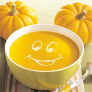 Les transfuges avec papiers Soupe-orange-d-halloween-du-chef-mickey-2661660_1350