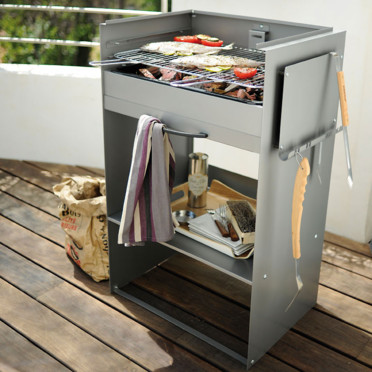Nouveautés pour l'été : des barbecues mobiles très design Le-barbecue-bobo-castorama-4461982uioti_1350