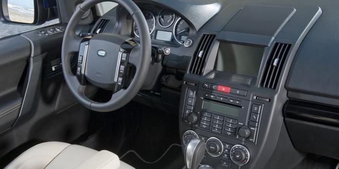 Nouveau Land Rover Freelander 2010 Land-rover-freelander-2010-10-7931132cogkm_1379