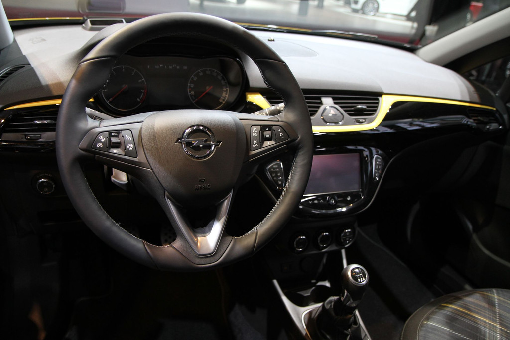 2014 - [Opel] Corsa IV [E] - Page 5 Opel-corsa-mondial-automobile-2014-02-11278258xbuex