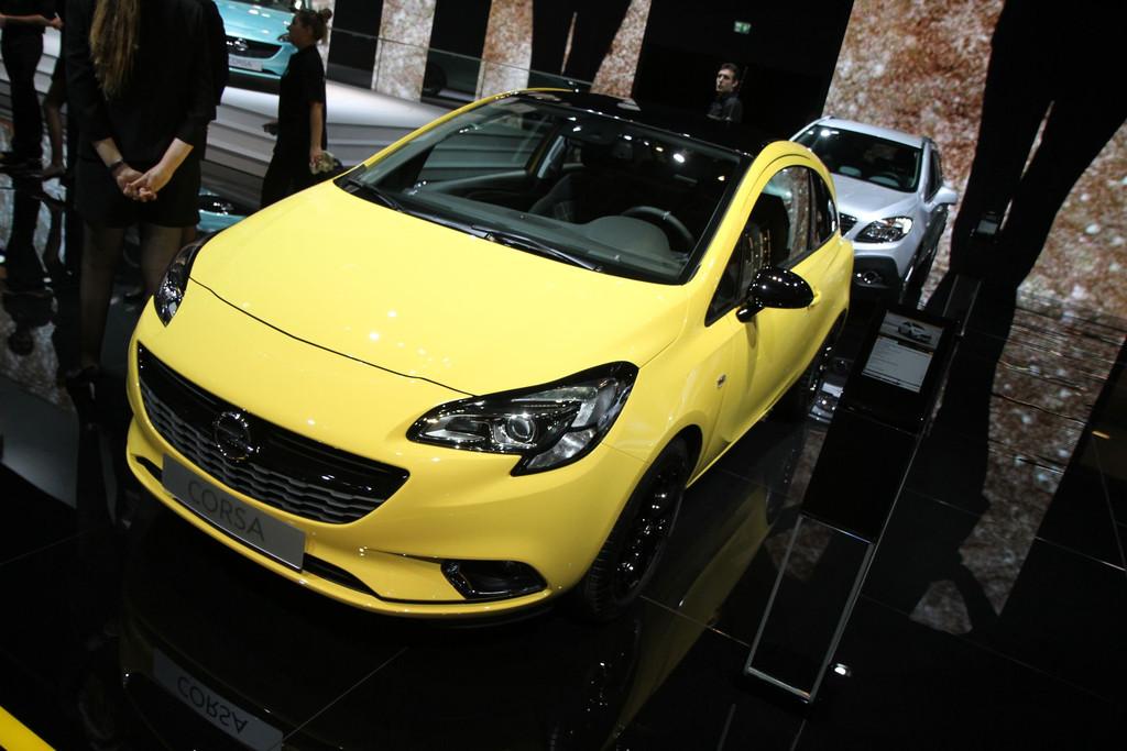 2014 - [Opel] Corsa IV [E] - Page 5 Opel-corsa-mondial-automobile-2014-09-11278265dzqna