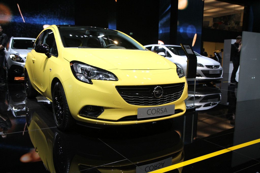 2014 - [Opel] Corsa IV [E] - Page 5 Opel-corsa-mondial-automobile-2014-13-11278269crvhf