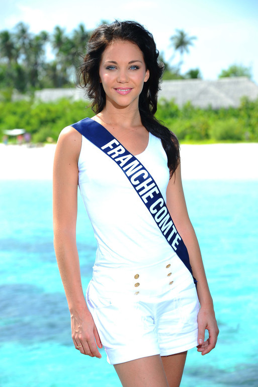 Election de Miss France 2011 - Page 3 Miss-france-comte-2010-sabrina-halm-election-candidate-miss-10354404hakbu_1879