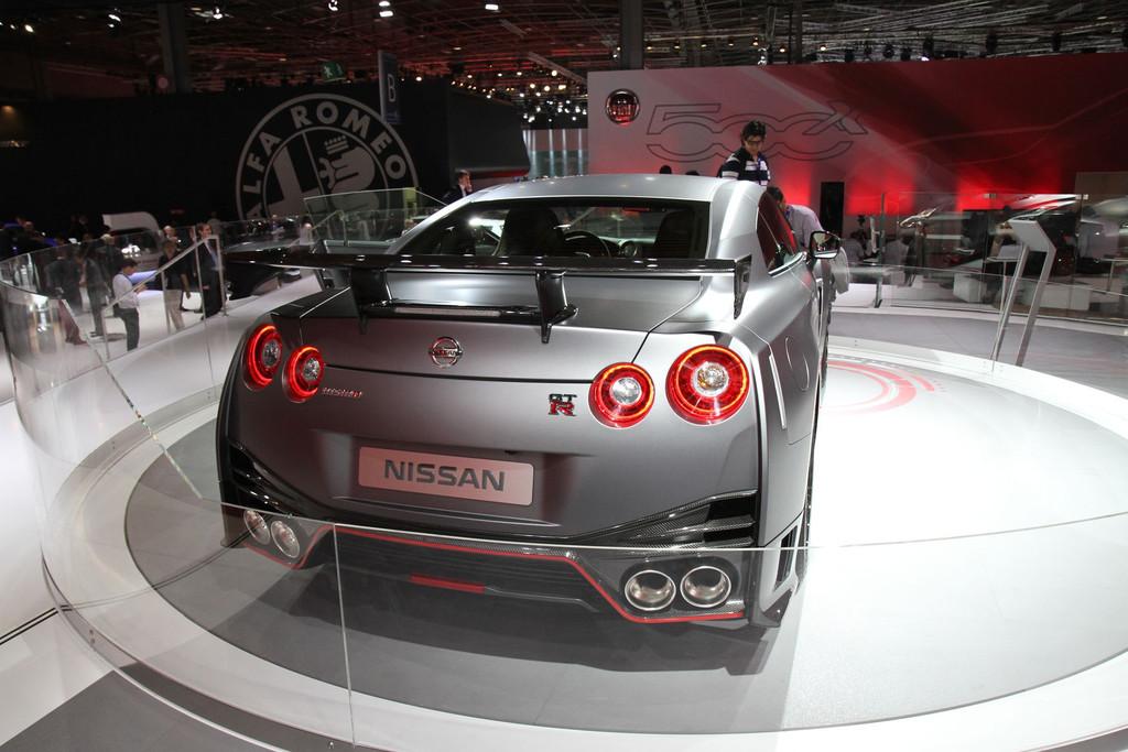 2007 - [Nissan] GT-R - Page 18 Nismo-img-1736-11277437uvvsa