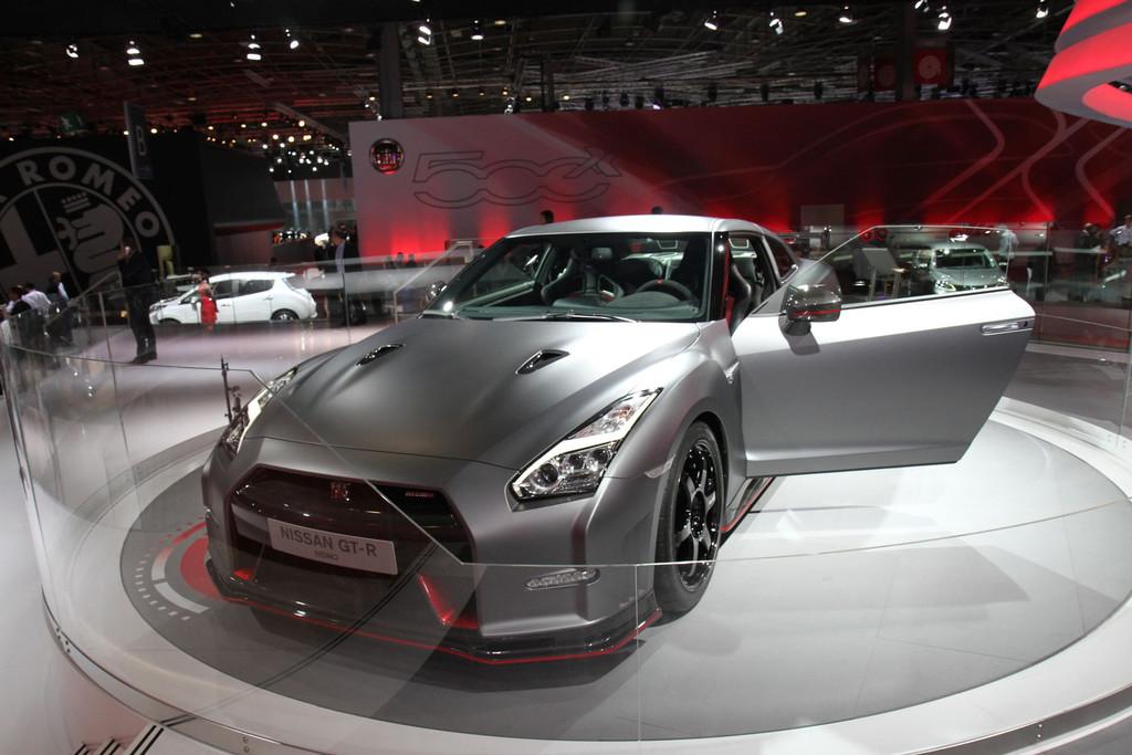 2007 - [Nissan] GT-R - Page 18 Nismo-img-1744-11277445ijgxq