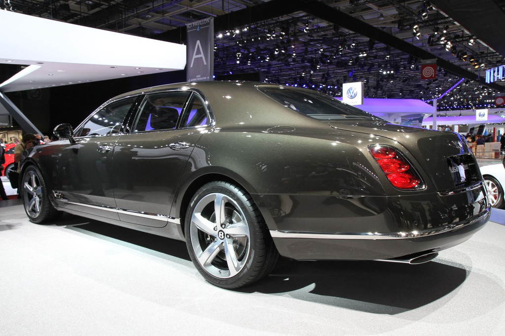 2009 - [Bentley] Mulsanne - Page 9 Img-1001-resultat-11275919pdrta