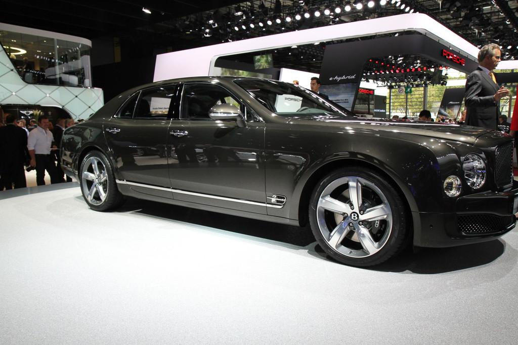 2009 - [Bentley] Mulsanne - Page 9 Img-1012-resultat-11275930oweqq