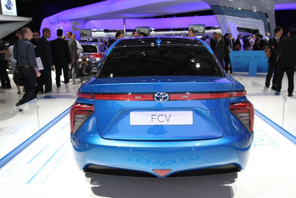 2015 - [Toyota] FCV / Mirai - Page 3 Img-0683-resultat-11275960veeji