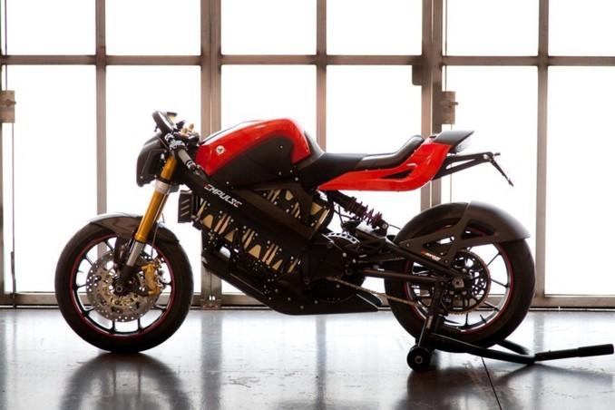Commercialisation 1ère moto électrique Brammo-empulse-2011-6250985xgstw_1915