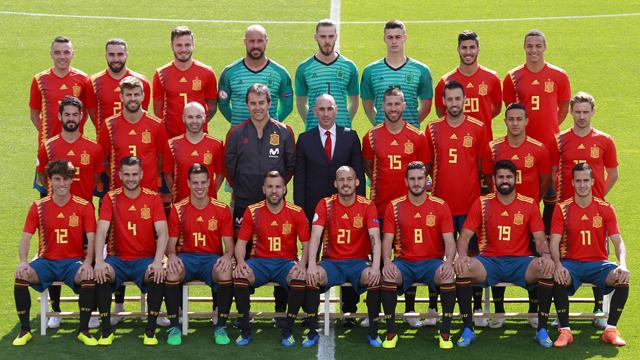 Hilo de la selección de España (selección española) 48