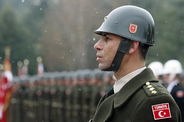الجيش التركي OB-QO717_turkar_E_20111115083637