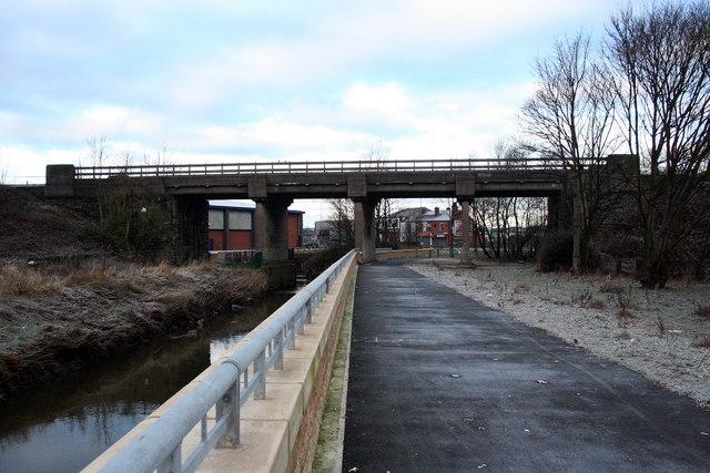 All Our Wigan Yesterdays Adam viaduct 1151893_25f2c21b