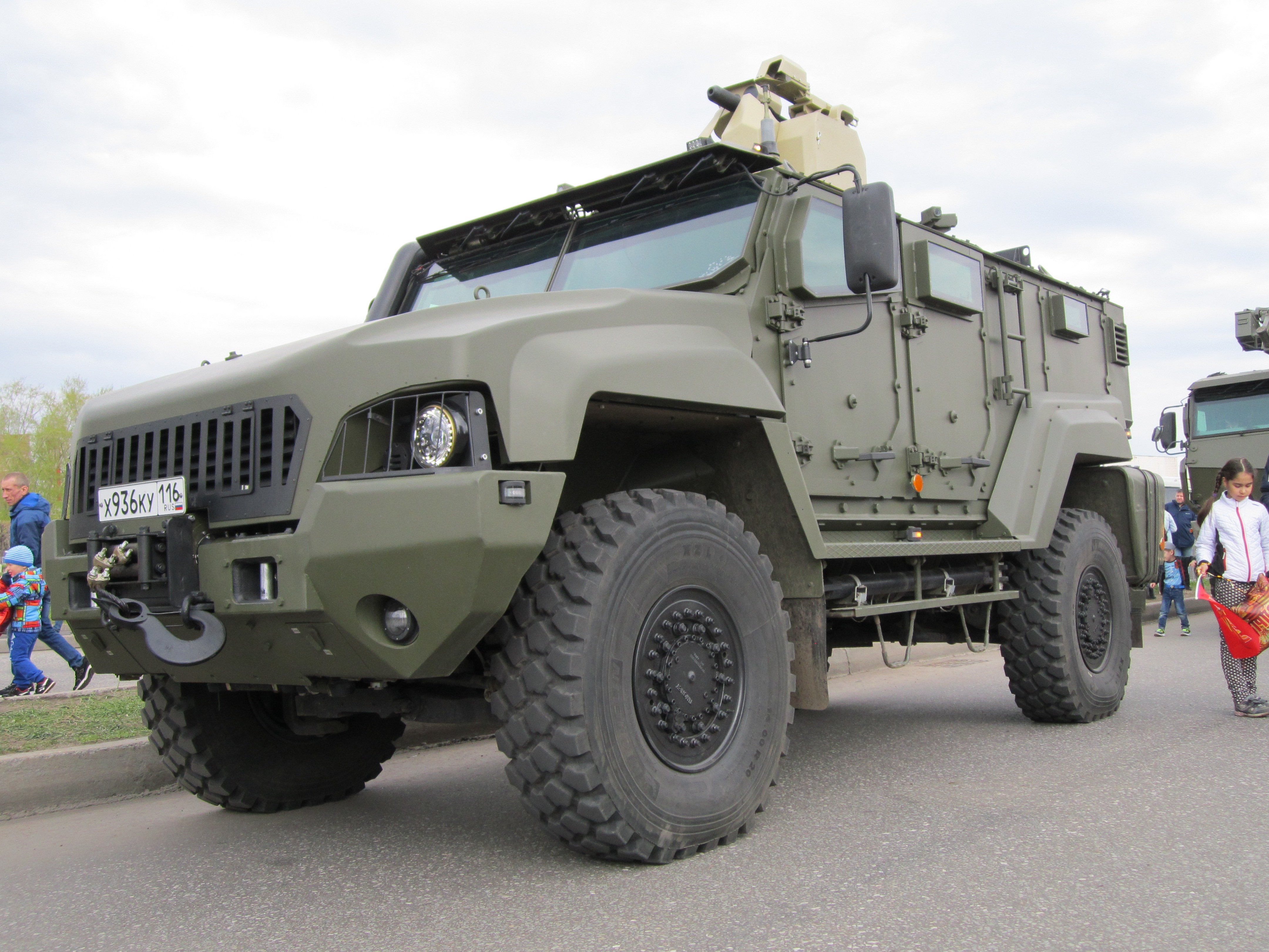 Typhoon MRAP family vehicles - Page 8 UIaC6