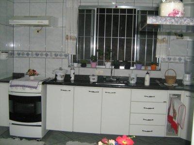 DIcas de como facilitar o processo de uma cozinha planejada Cozinha-planejada-todeschini_2