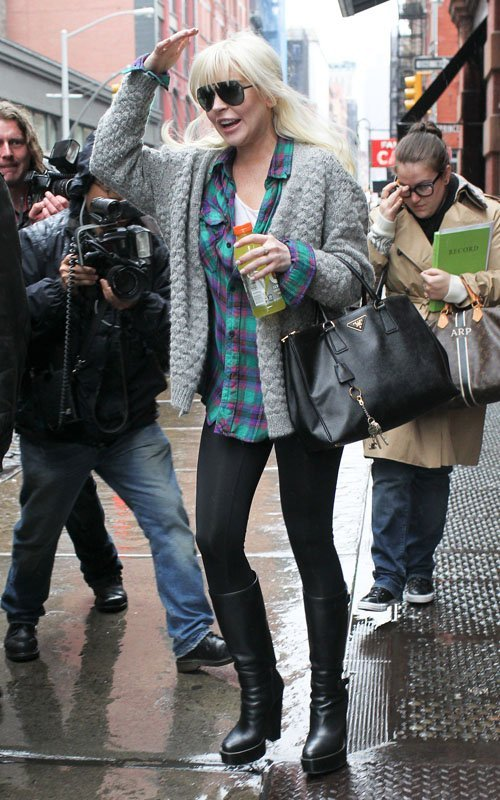 Lindsay Lohan - Страница 6 6fc3540e19d3