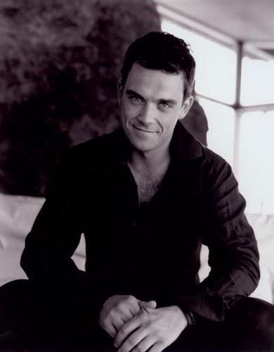 Robbie Williams 8f388d82e673