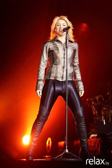 Shakira Ab6ba59cfda2