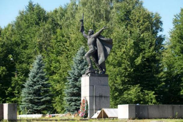 Скульптор Петр Криворуцкий - Страница 2 Db35611cb99e