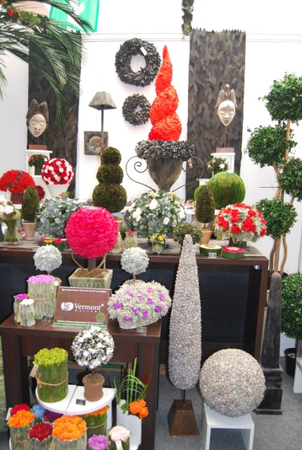 Международая выставка «Цветы.Ландшафт .Усадьба 2010» Астана - Страница 4 1305ee0b441d