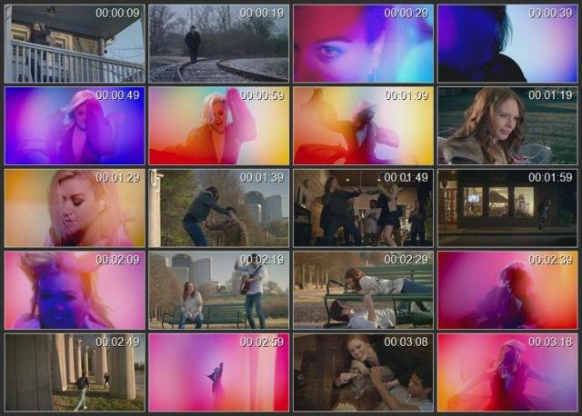 Kelly Clarkson Deae4fdecb3b
