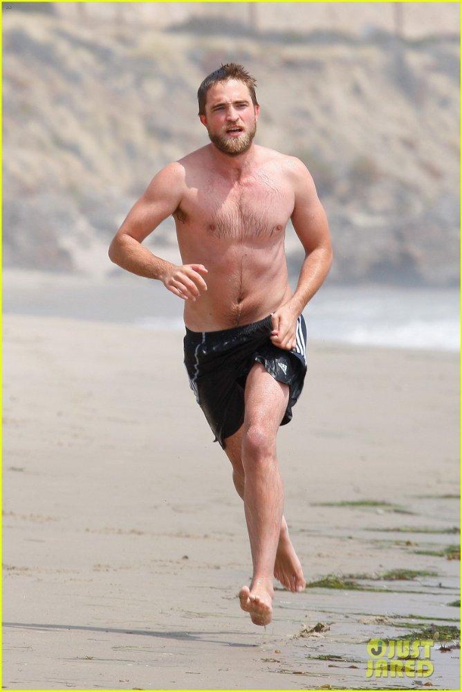 Robert Pattinson B6e862085a1a
